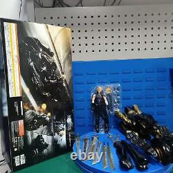 Game Final Fantasy VII Cloud Strife Motorcycle Fenrir Wolf Action Figure In Box